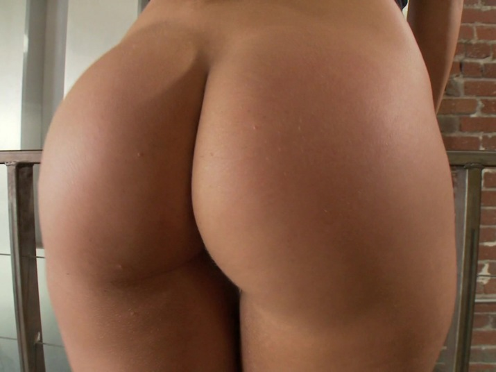 butt brown girl Nude