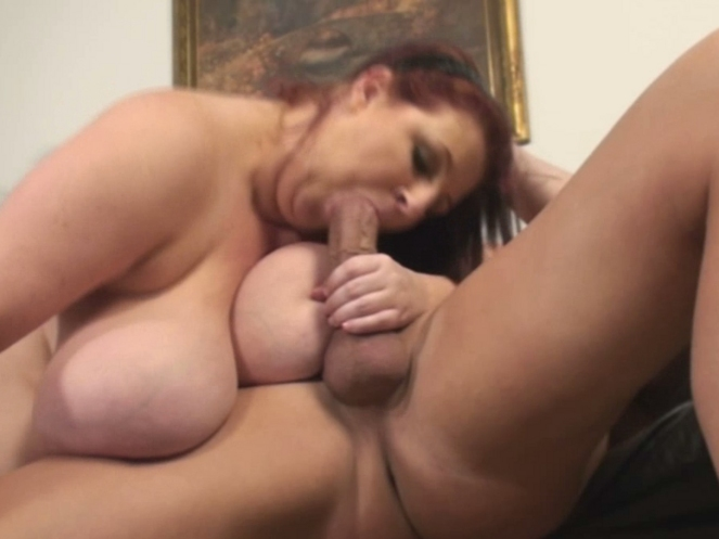 Naked fat belly wife