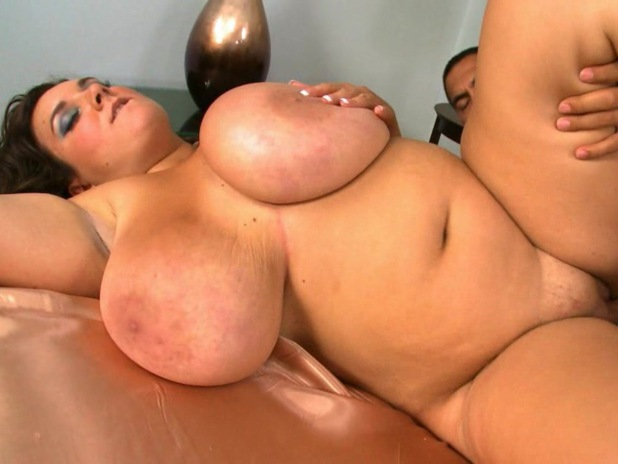 Bbw Licking Fingering Fucking Each Other Wanted Men Who Like A Lot