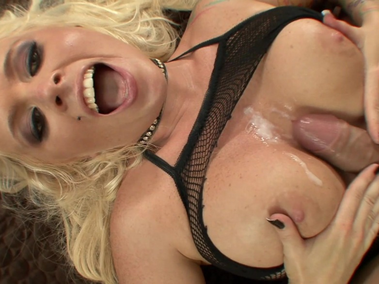 cum poured in vagina