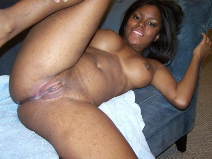 naked ebony women spread