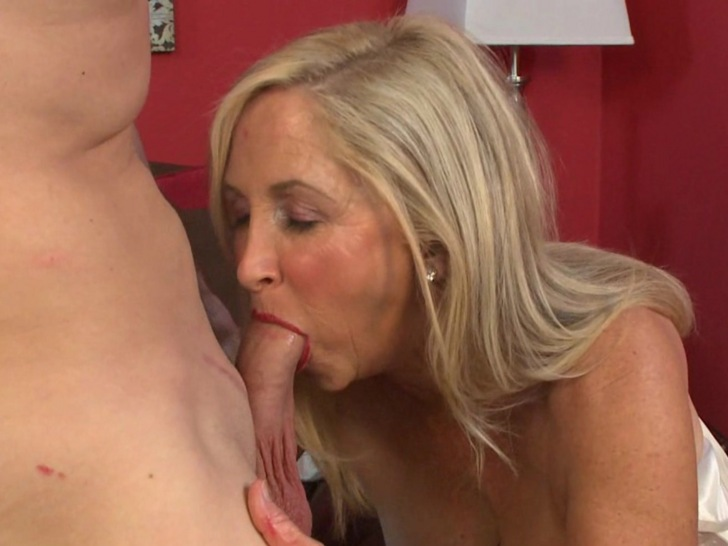 Mature Sexy blonde mom sucking & fucking like a slut.